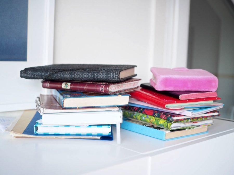 Ostolakossa Virve Fredman minimalismi päiväkirjojen hävittäminen