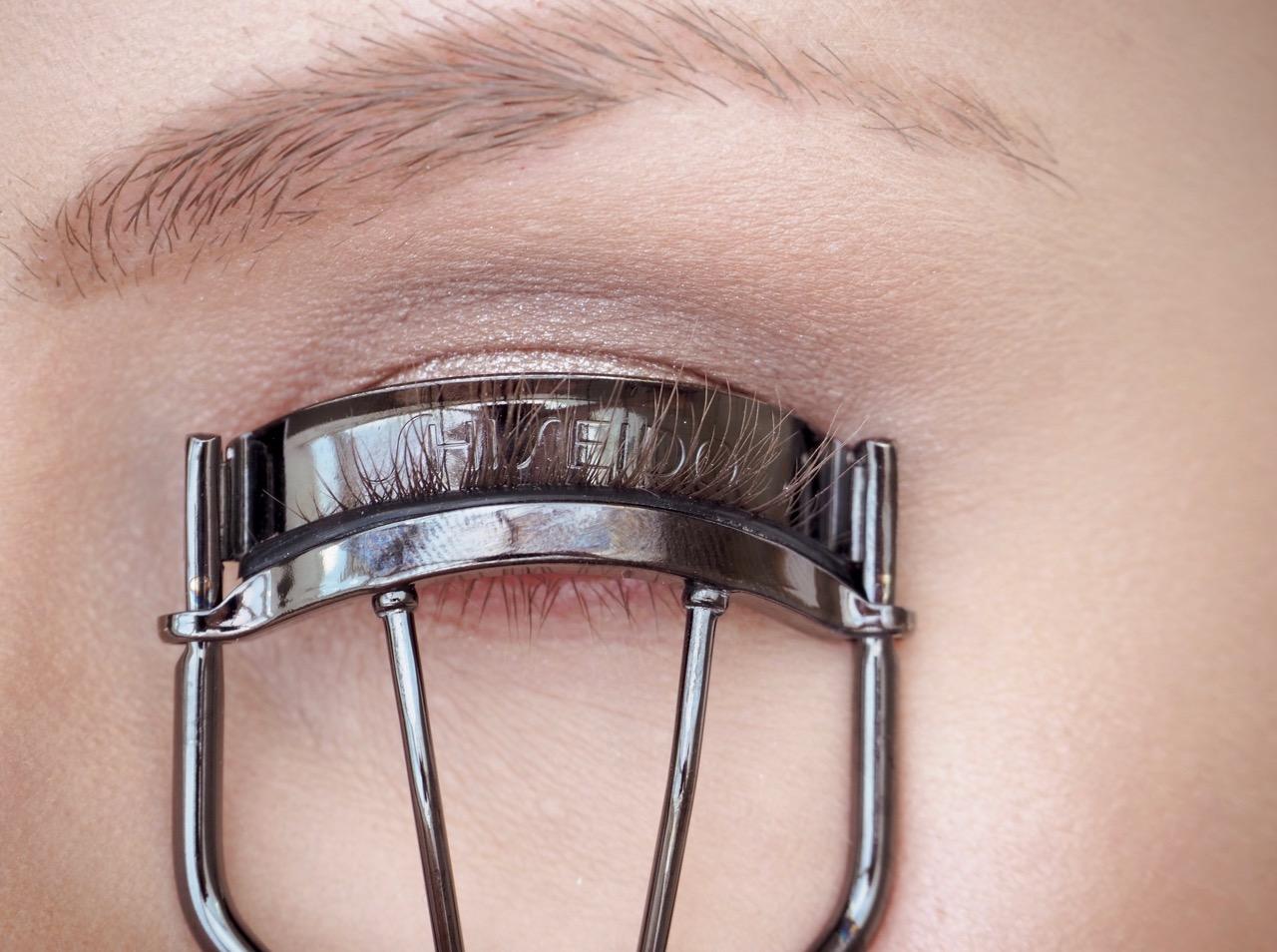 Shiseido ripsentaivutin kokemuksia parhaat ripsentaivuttimet Ostolakossa Virve Fredman