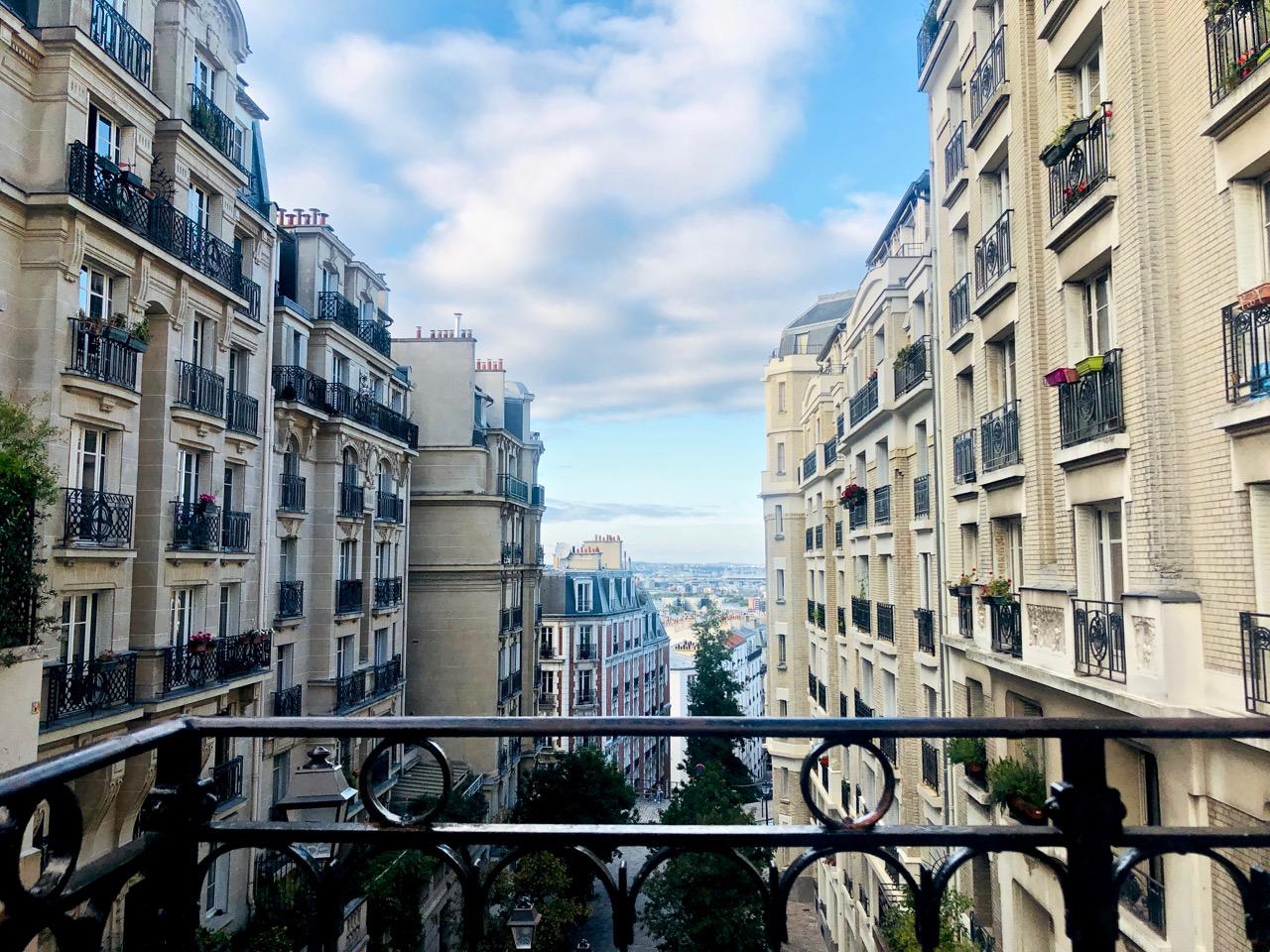 Ostolakossa Virve Fredman Pariisi syksyllä