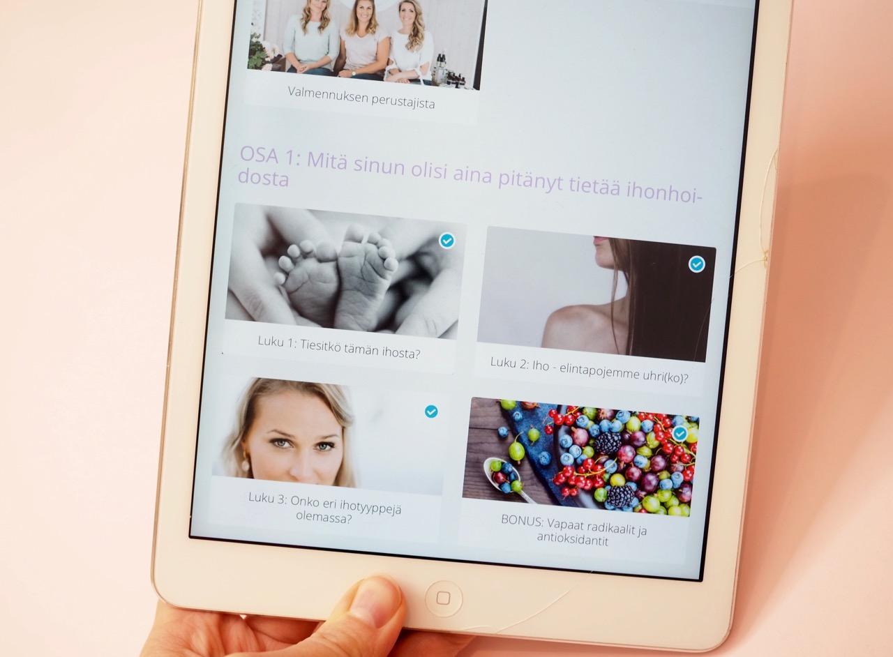 TwistBe Uusi alku ihollesi verkkovalmennus kokemuksia Virve Fredman