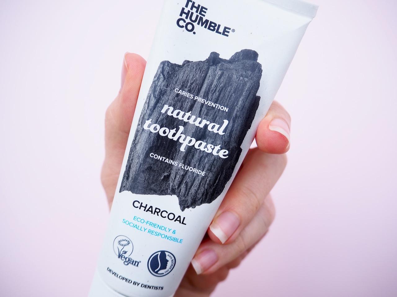 The Humble Co Natural Toothpaste Charcoal luonnonmukainen hammastahna